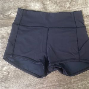 In Movement Short 2.5 size 8